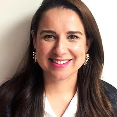 Nutrióloga_Lic.-Lorena-Pérez-Flores
